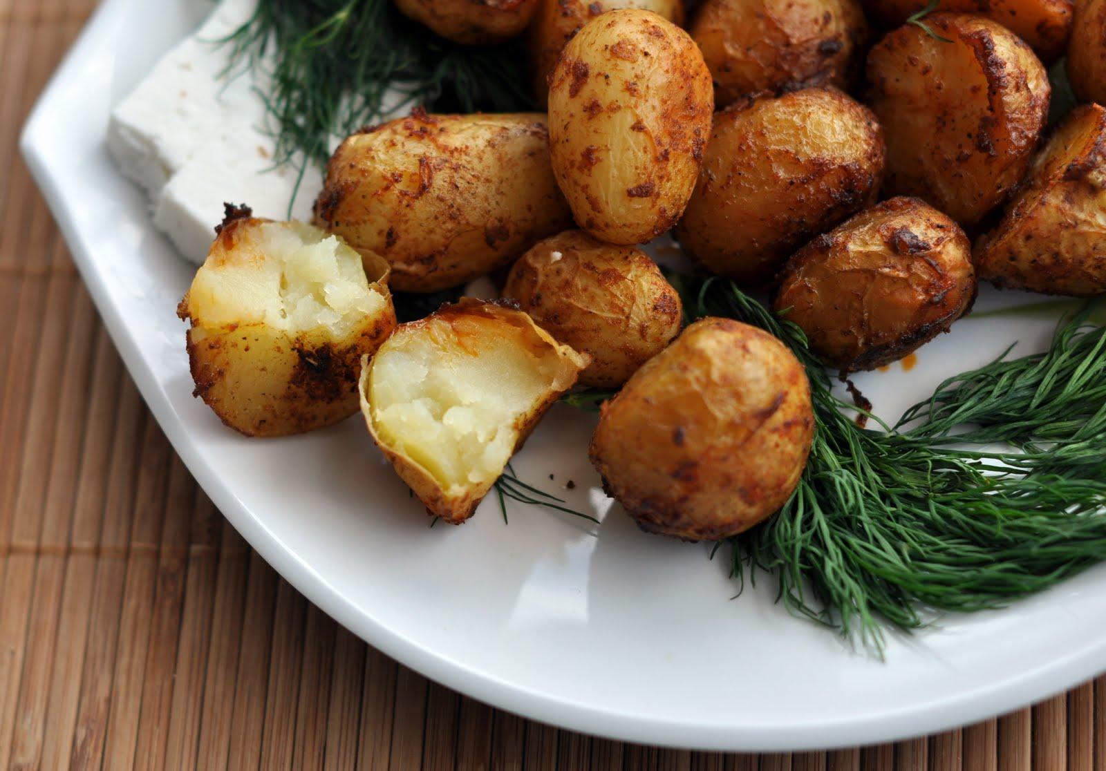 Картофи на фурна с подправки