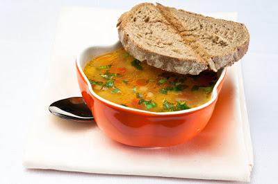 Пъстра градинарски супа