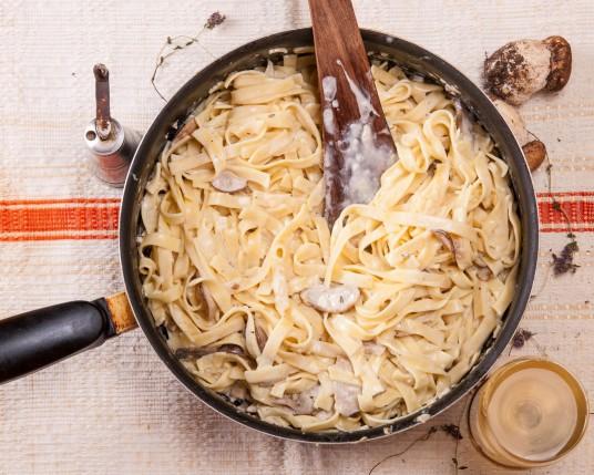 pasta sås recept